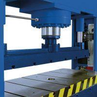 RP U 1020-100/RP U 1020-150/RP U 1520-100/RP U 1520-150  Uniwersalne prasy ramowe METALLKRAFT